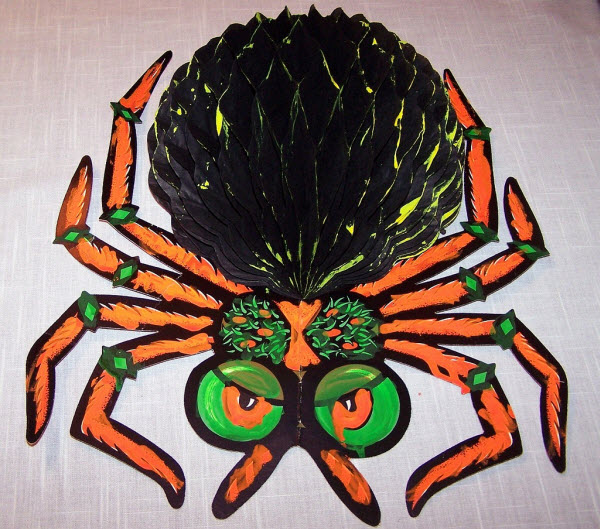 Honeycomb spider - (Vintage Beistle Halloween Decoration)