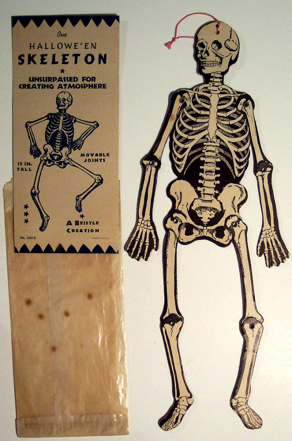 Movable skeleton - (Vintage Beistle Halloween Decoration)