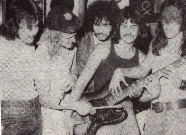 Iron Maiden, 1976