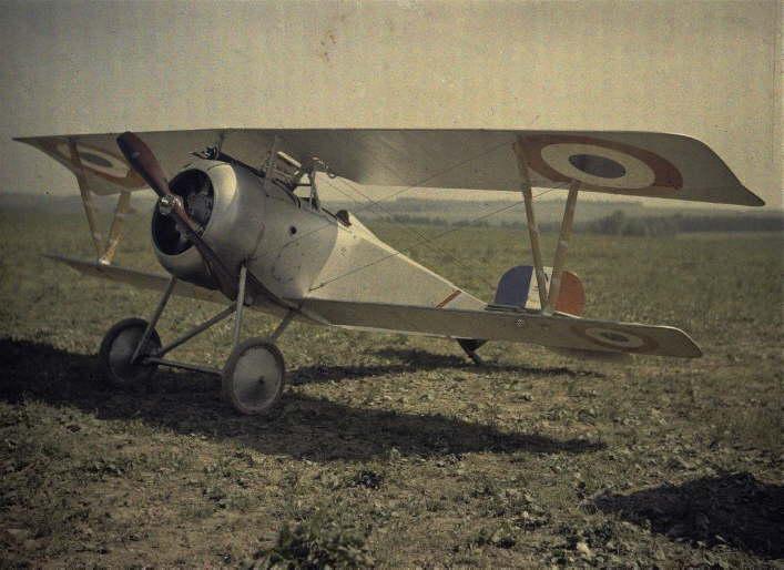 French biplane