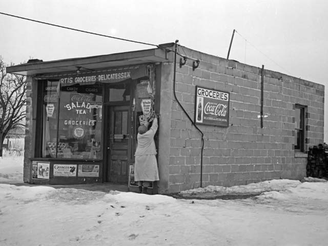 Vintage Photograph of a Franklin Township Deli, 1936