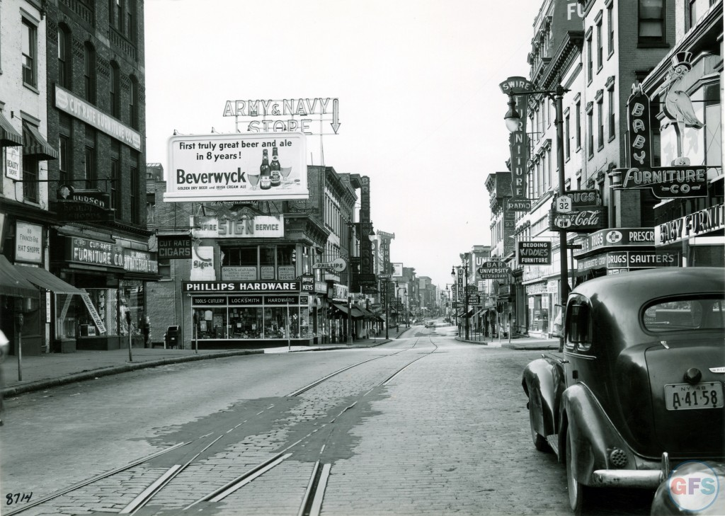 vintage photo of albany from the late 1940s