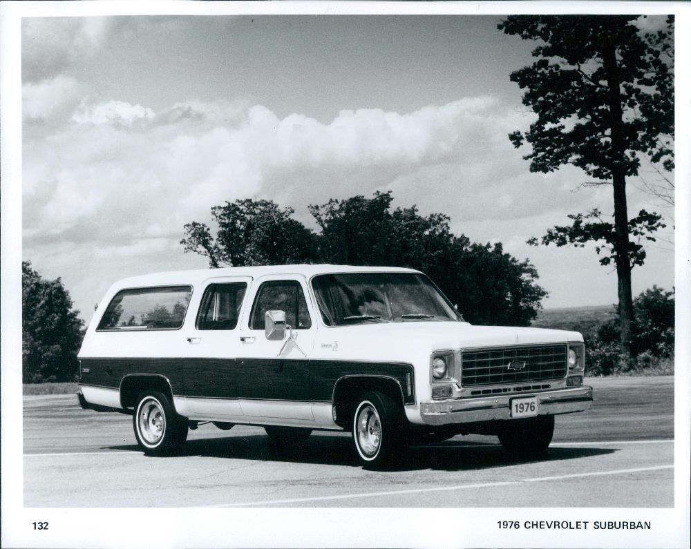 1976 Chevrolet Suburban wire photo