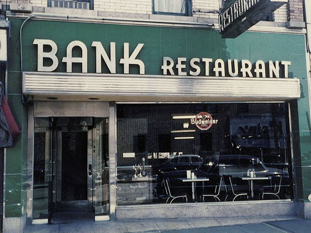 Four Beautiful Kodachrome Photos of New York City Storefronts