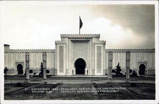 Vintage World's Fair postcard - Antwerp (1930)