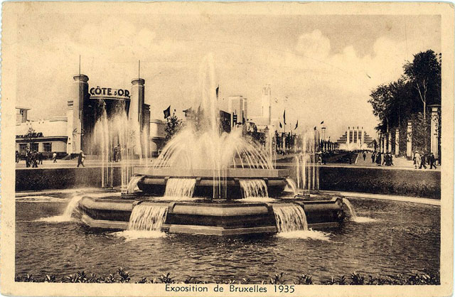 Vintage World's Fair postcard - Brussels (1935)