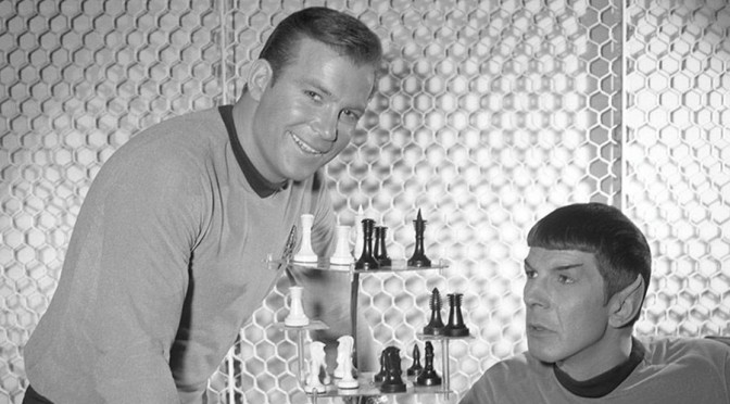 Dig These Great Star Trek Original Series Behind-the-Scenes Photos