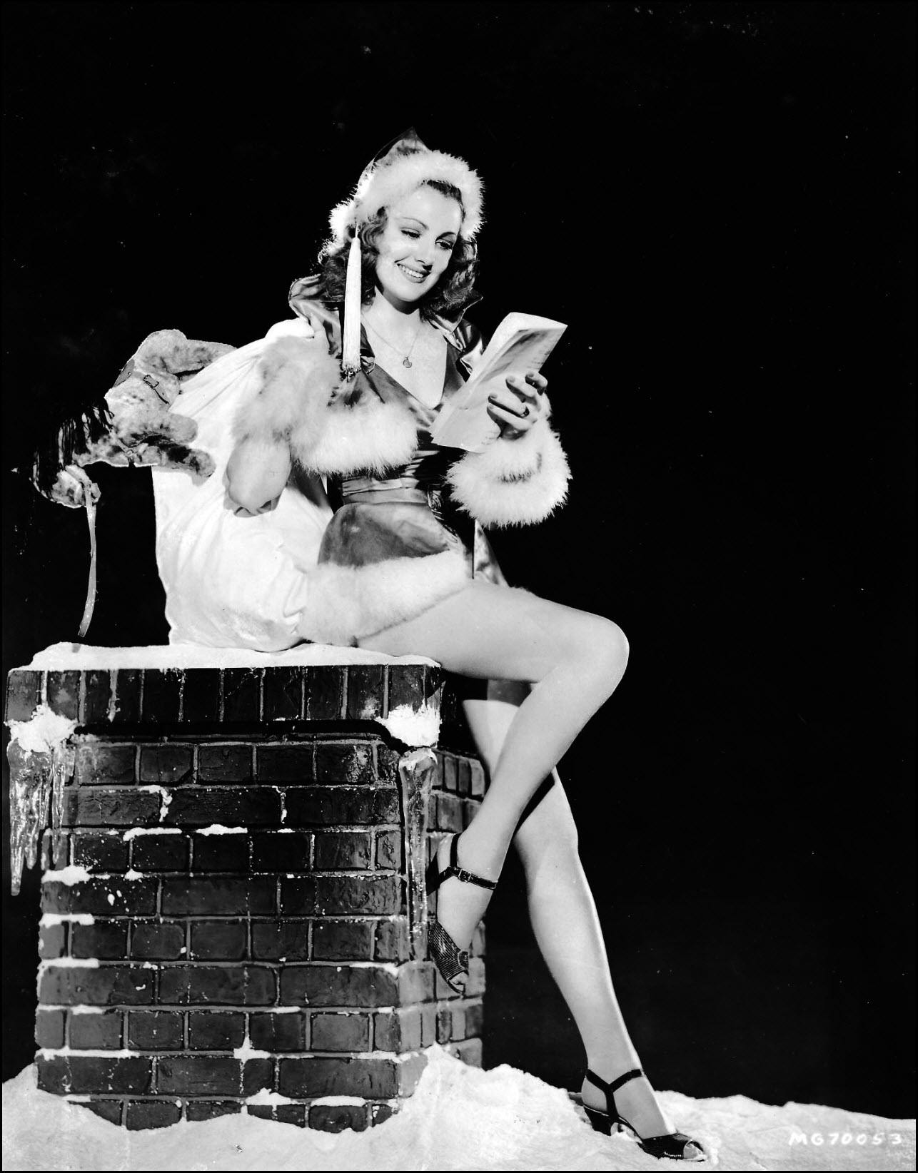 Vintage Christmas pinup - Virginia Grey