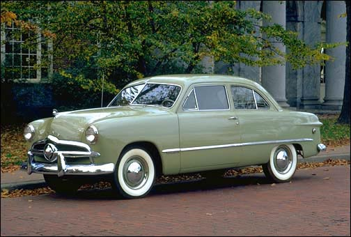 Retrotisements — The 1949 Ford