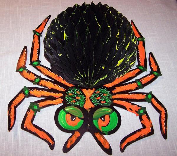 Honeycomb spider - (Vintage Beistle Halloween Decoration)