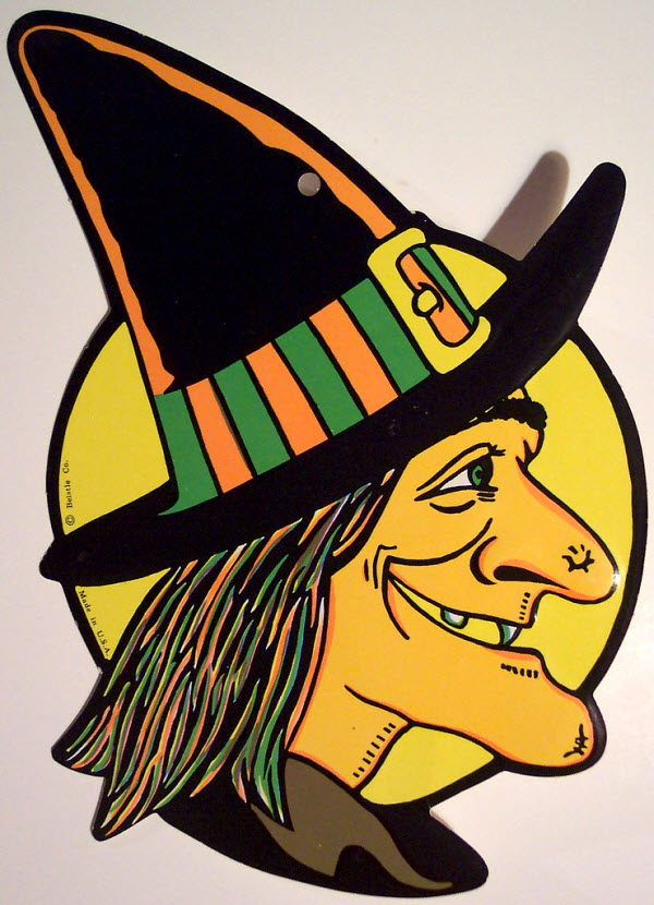 Witch with big wart on nose - (Vintage Beistle Halloween Decoration)