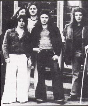 Iron Maiden, 1977