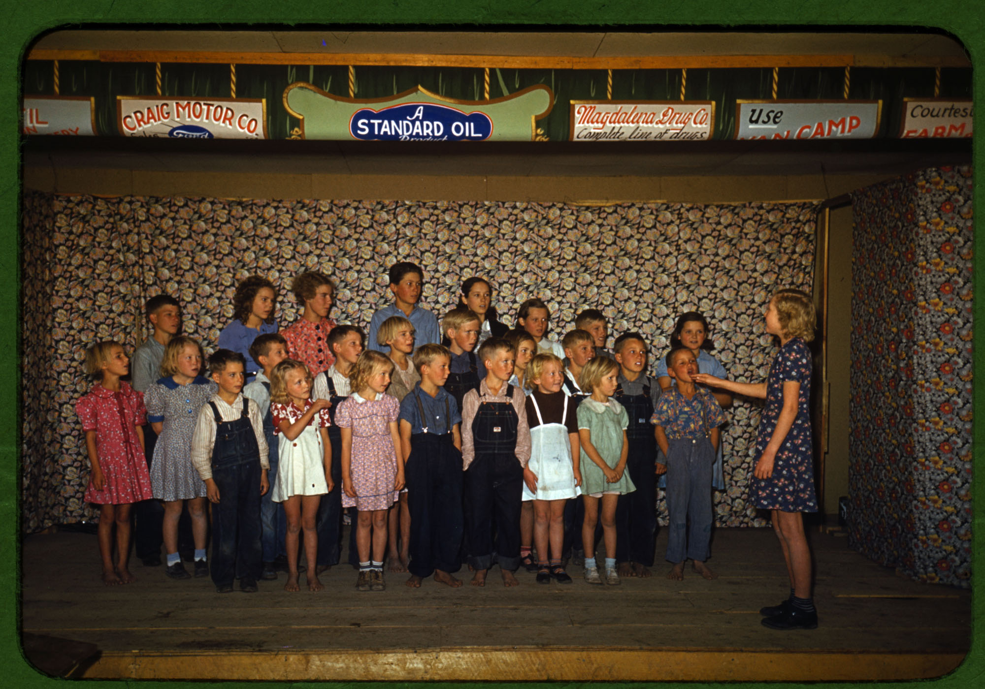 School children singing, Pie Town, New Mexico