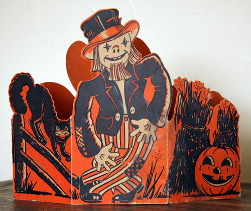 Vintage Beistle Halloween decoration - Centerpiece 2