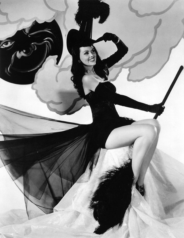 Vintage Halloween Hollywood Actress Pin-Up - Dusty Anderson