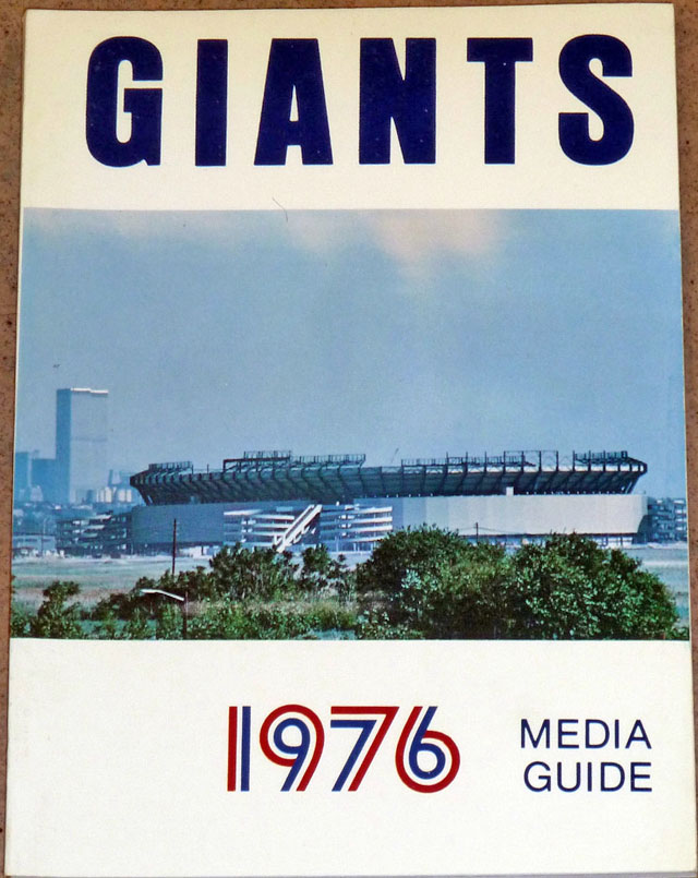 NFL Media Guide/Yearbook cover - New York Giants 1976
