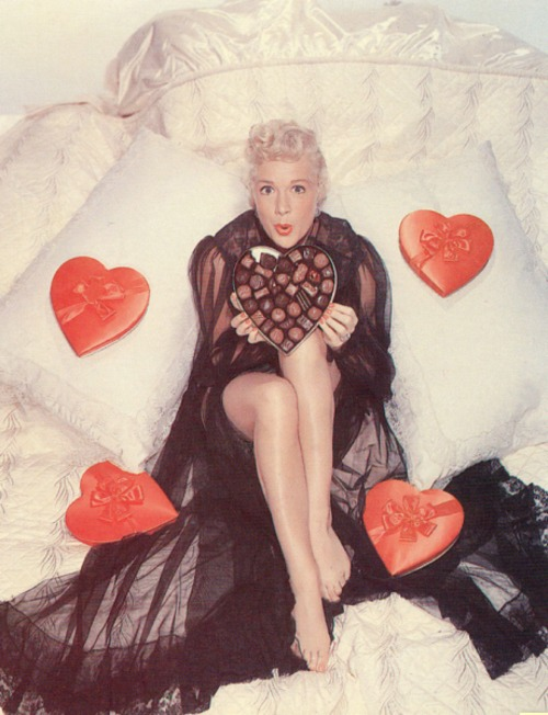 Vintage Valentine's Day Pin-Up - Betty Hutton