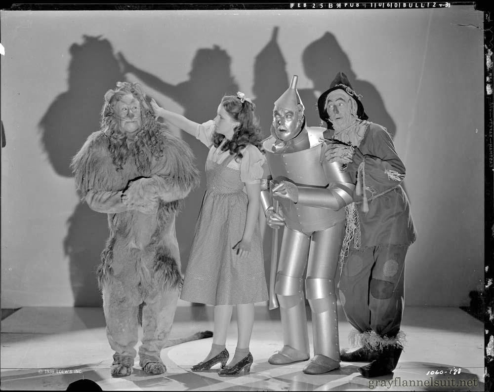 Vintage Wizard of Oz Cast Photo (1939)