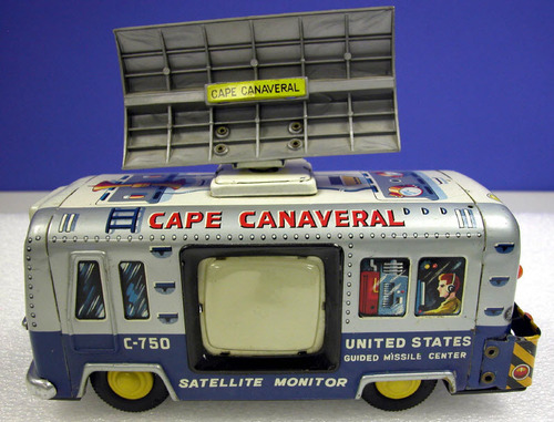 Cape Canaveral Satellite Monitor toy bus, circa 1950s. Produced by Yonezawa Toys.