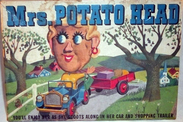 Mrs. Potato Head (with car and trailer)