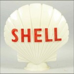 Shell vintage gas pump globe