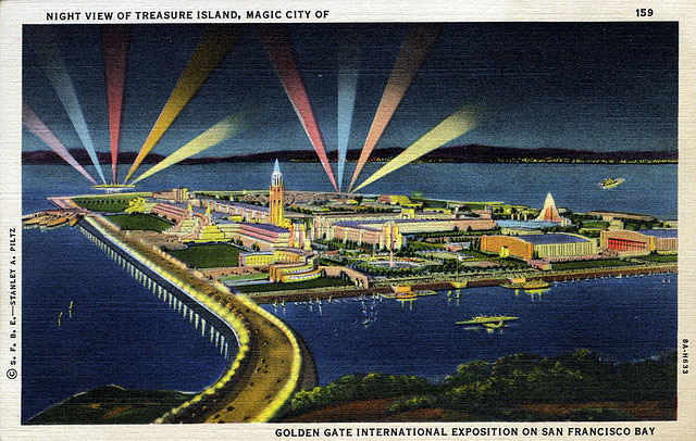 Vintage World's Fair postcard - San Francisco (1939/40)
