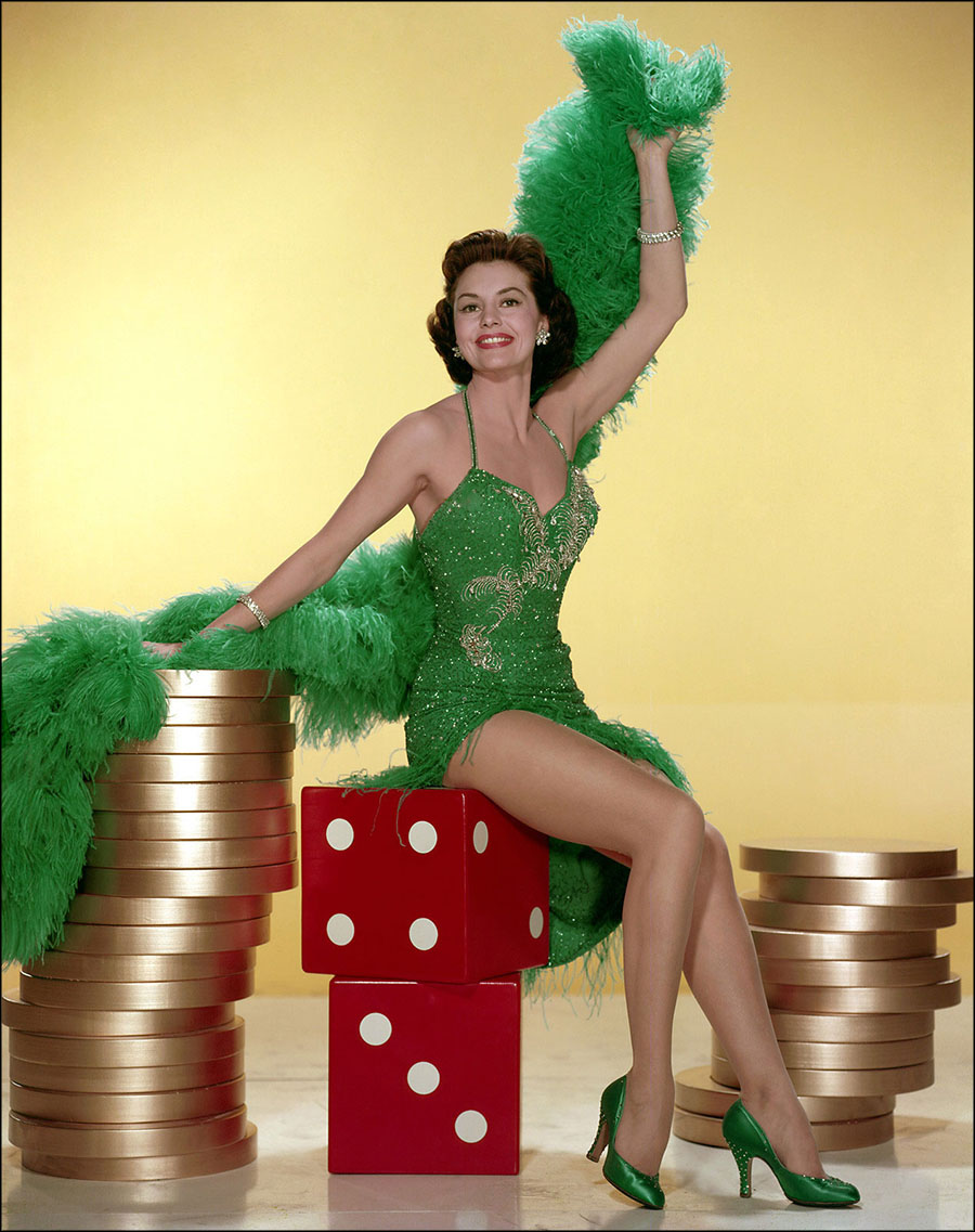 Hollywood Beauty #1: Cyd Charisse